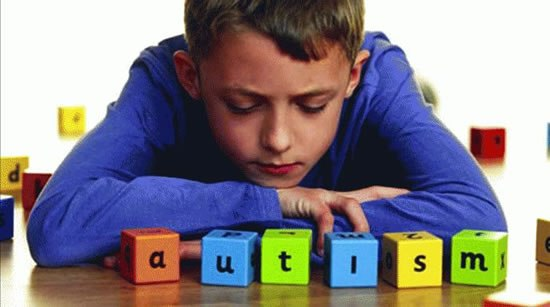 ВХМАО разработают Концепцию помощи детям сособенностями развития