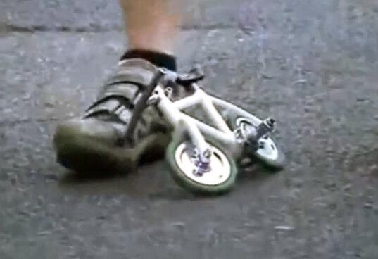 Прикольный велогонщик