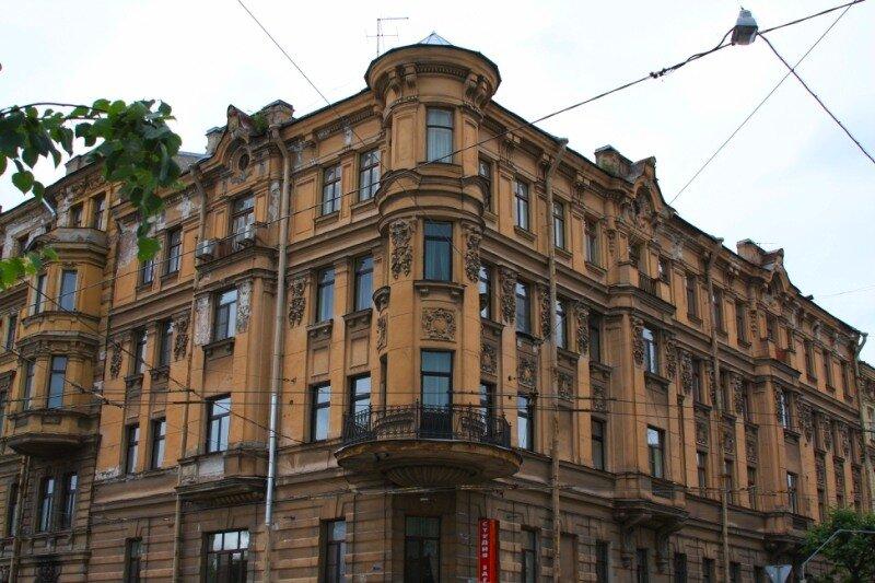 Доходный дом Лихачева, угол Потемкинской и Чайковского