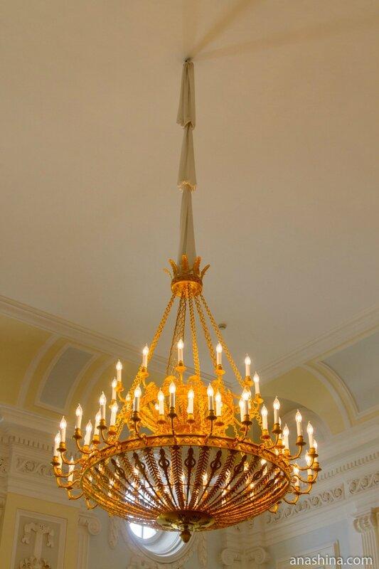 Светильник в Желтой гостиной, Петровский путевой дворец