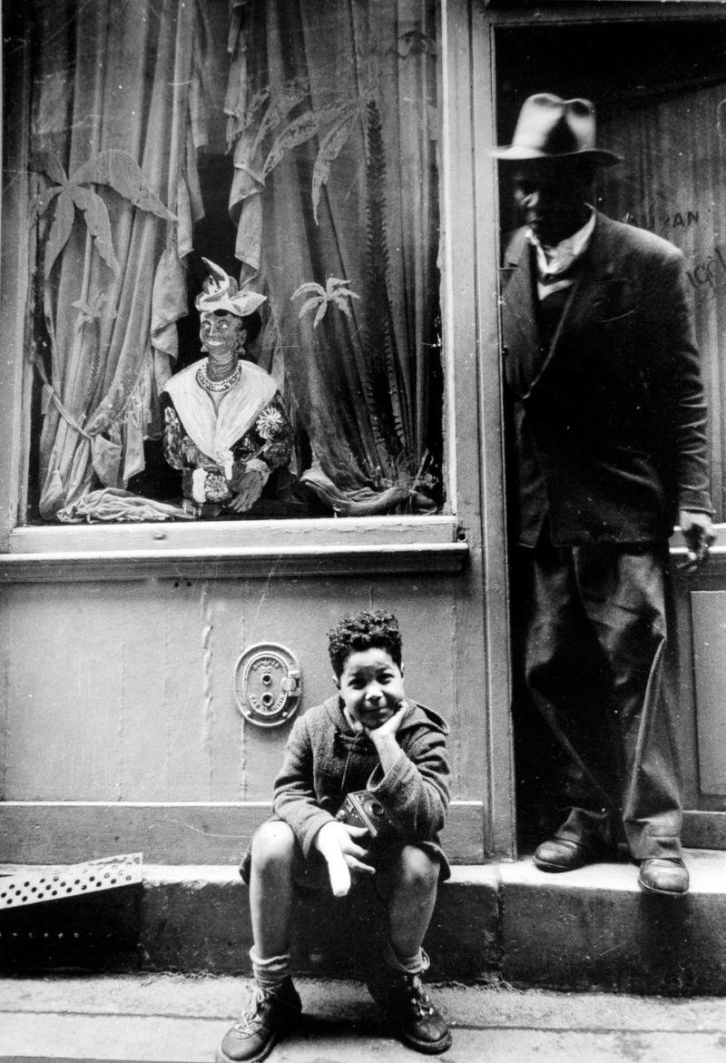 1957. Рю Ксавье Прива, Париж