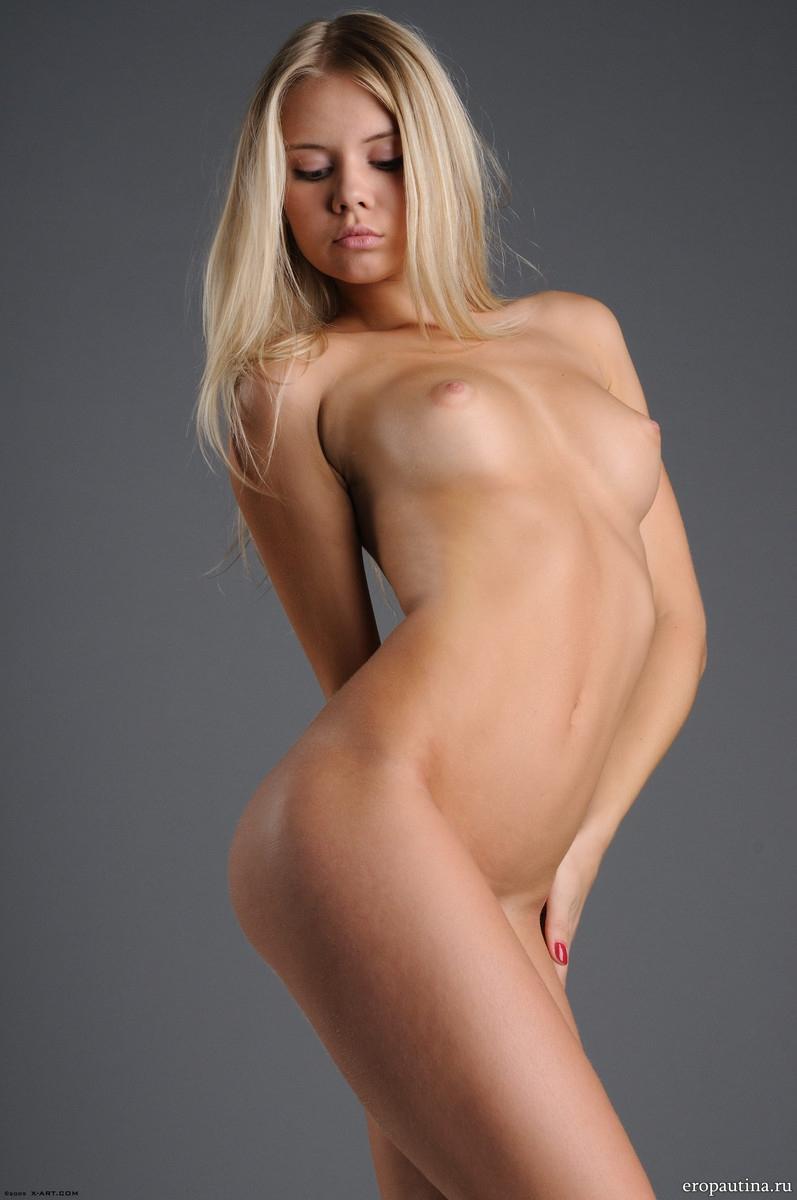 сексуальная девушка ария