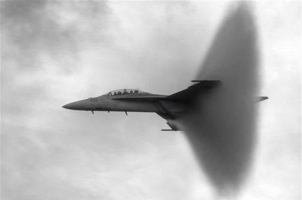 0 7e616 6b6c15f5 orig Фото военных самолетов
