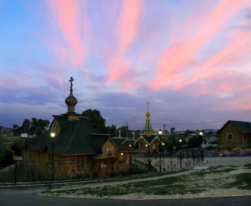 Дивеевские вечера. У Казанского святого источника