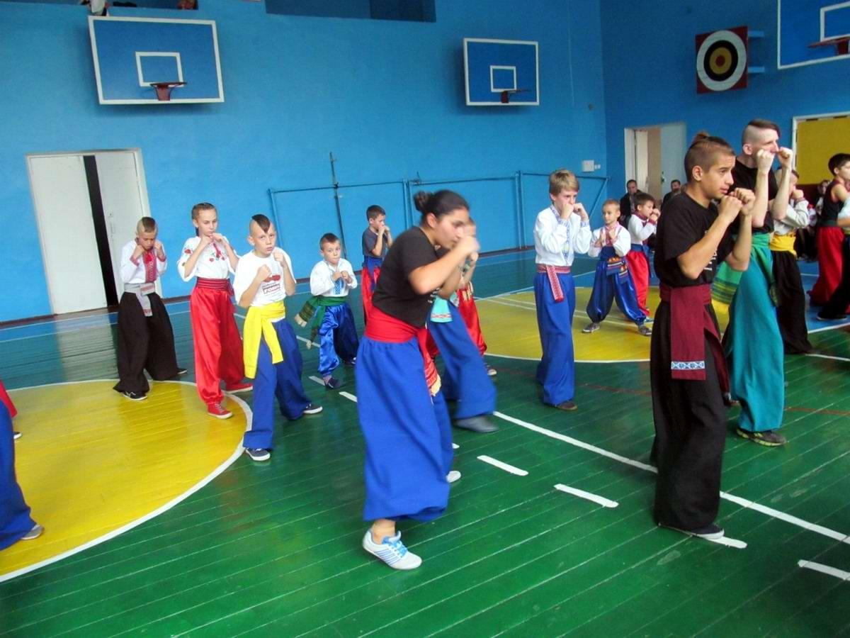 Квалификационный групповой экзамен в школе боевого гопака города Нетешин (Хмельницкая область) (23)