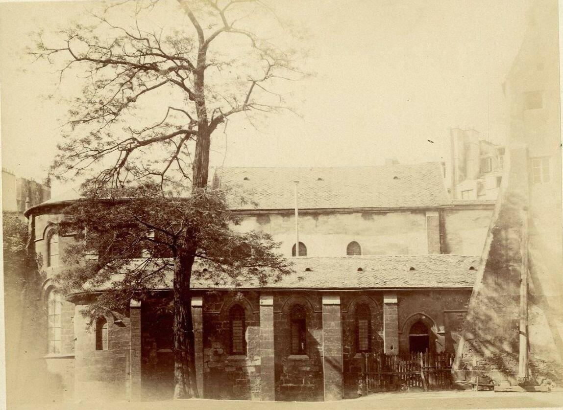 Церковь Сен-Жюльен-ле-Повр – Парижская приходская церковь греко-католиков мелькитского толка