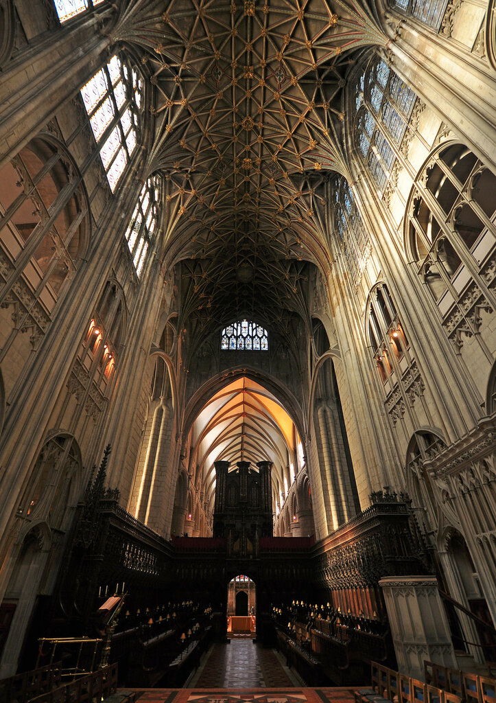 Gloucester_Cathedral_15.jpg