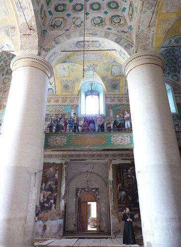 Верхний клирос собора