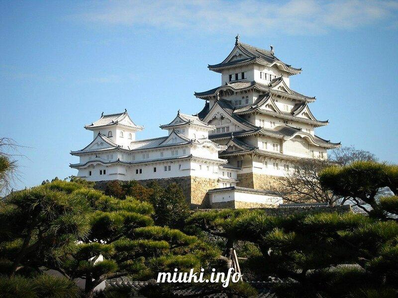 Замок Химедзи (Himeji Castle)