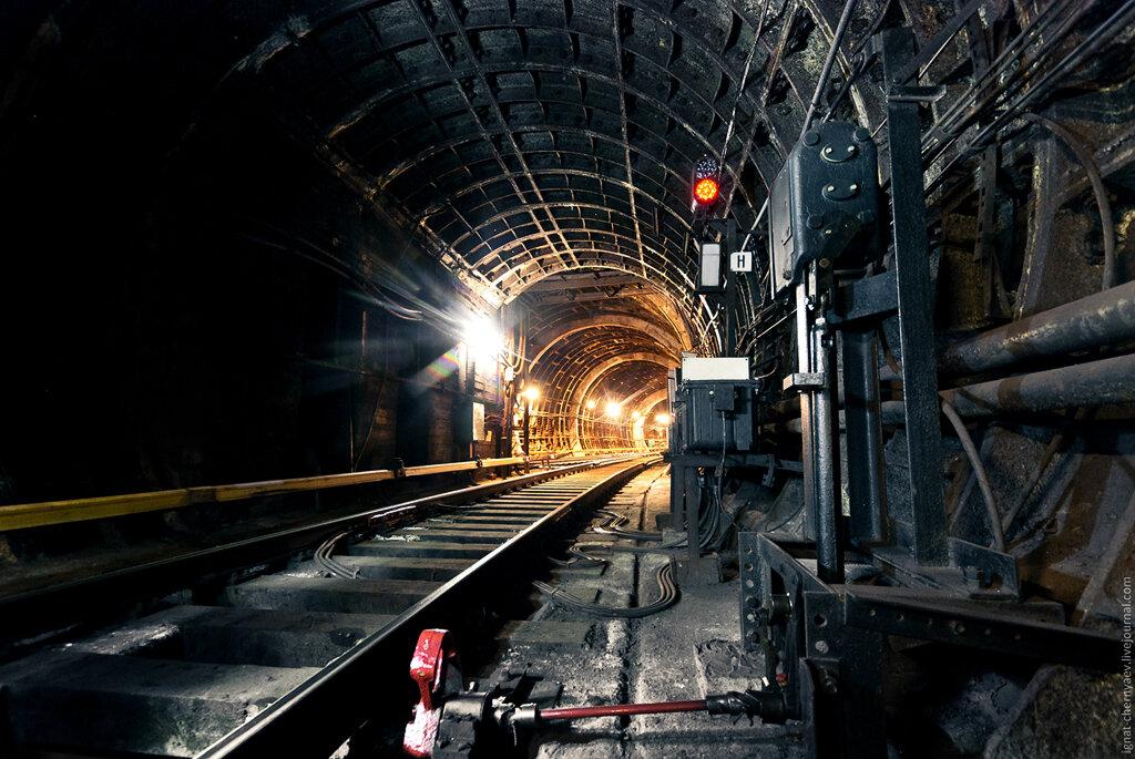 московское метро тоннель светофор