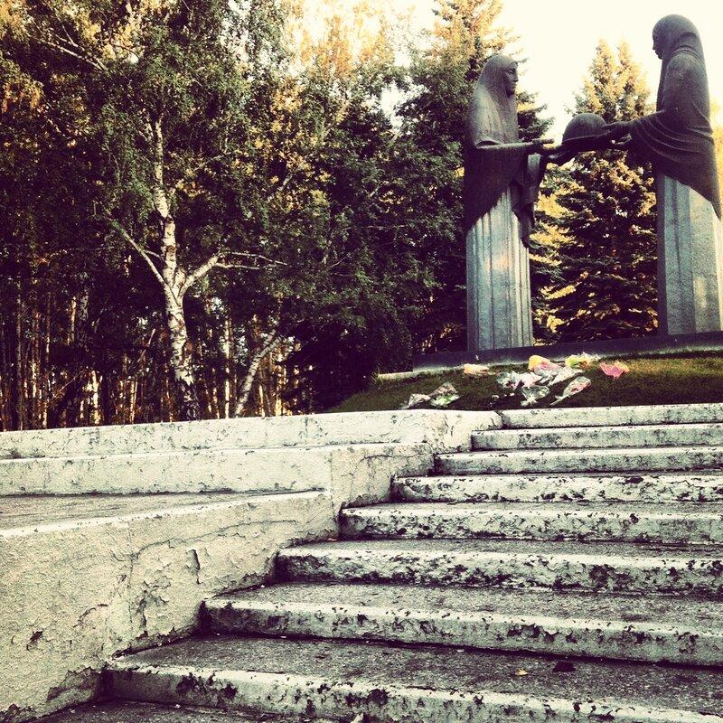 Памятник месяца