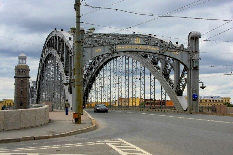 Большеохтинский мост через Неву