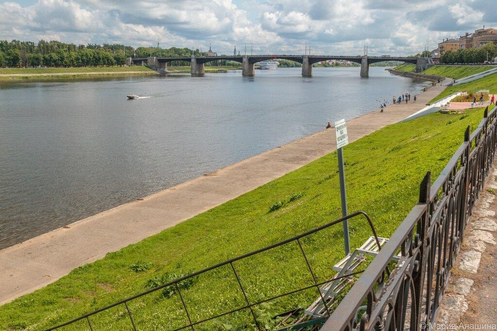 Набережная Михаила Ярославича, Волга и Нововолжский мост, Тверь