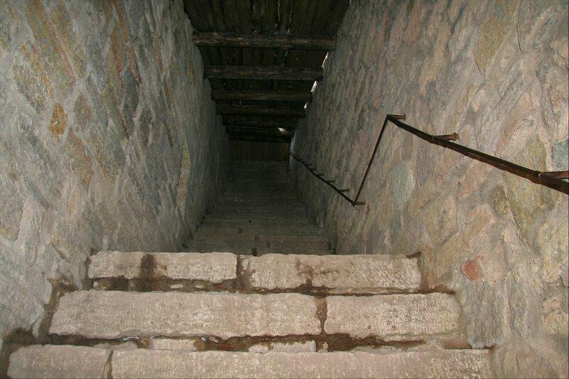 Крепость Орешек, Лестница
