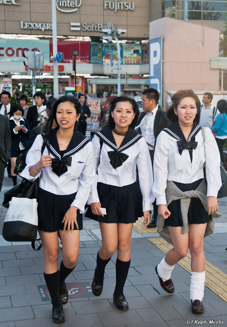 Японские ученицы голые видео