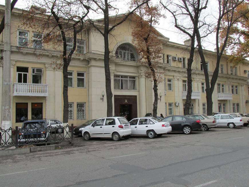 сталинские дома на улице бабура 5.JPG