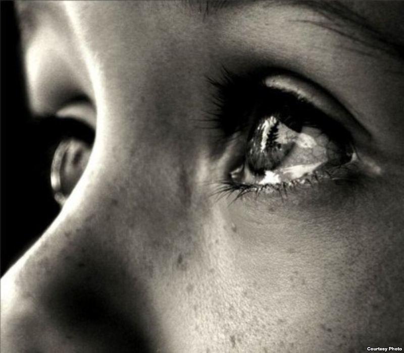 картинки скачать плачет девушка