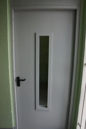 входные двери для лестничной клетки