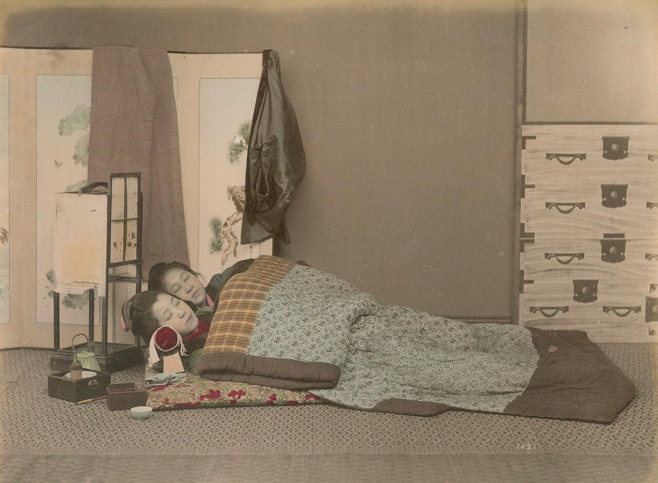Спящие девушки. 1880