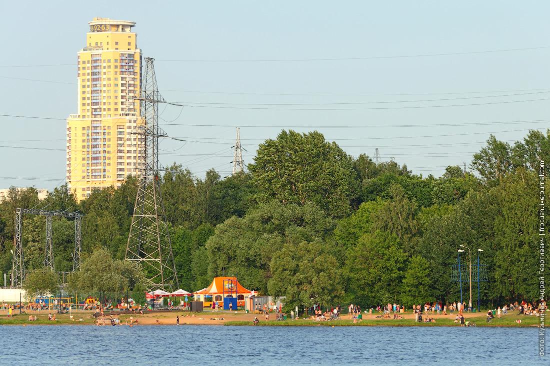 пляж Левобережный Химкинское водохранилище