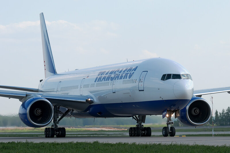 Boeing 777-312 (EI-UNN) Трансаэро DSC0226