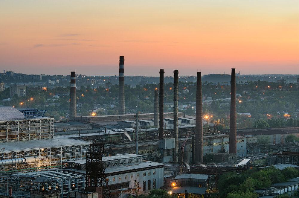 Из-за блокады Донбасса остановил работу Донецкий металлургический завод