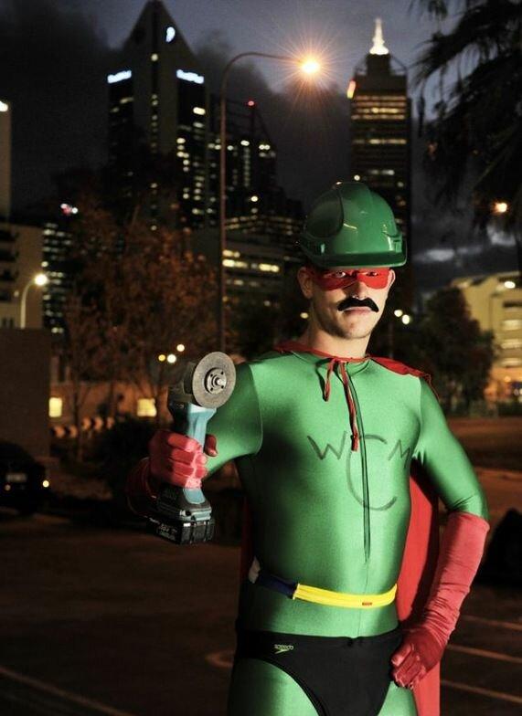 Уличный герой из Австралии освободит из плена вашу машину