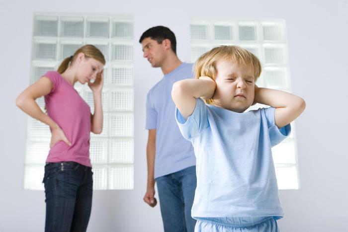 Родительские ссоры – школа жизни или эмоциональный стресс для ребенка?