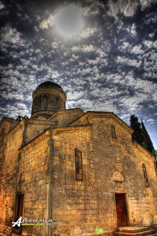 Православный храм в Новом Афоне