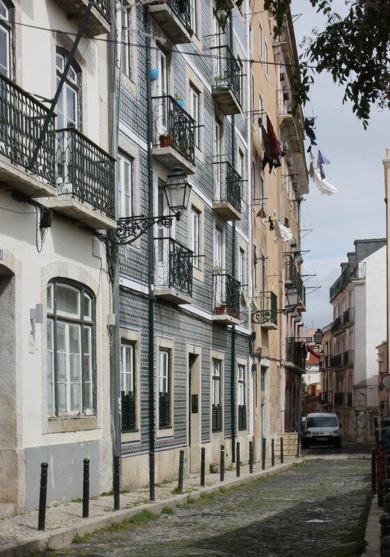 Lisbon, Bica District