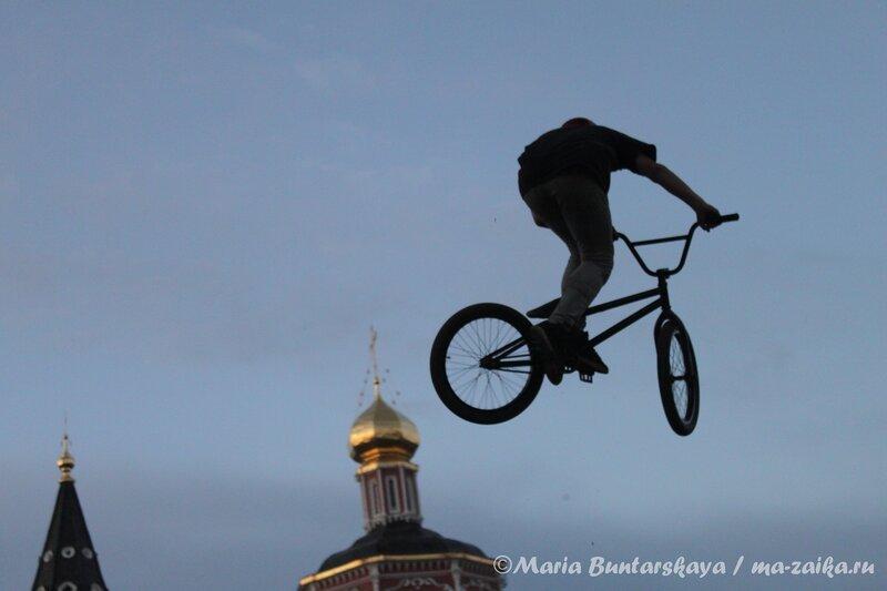 Всероссийские соревнования по DIRT -джампингу, Саратов, площадь речного вокзала