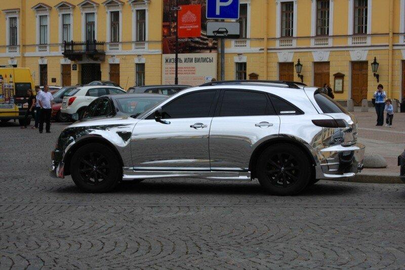 Никелированный автомобиль