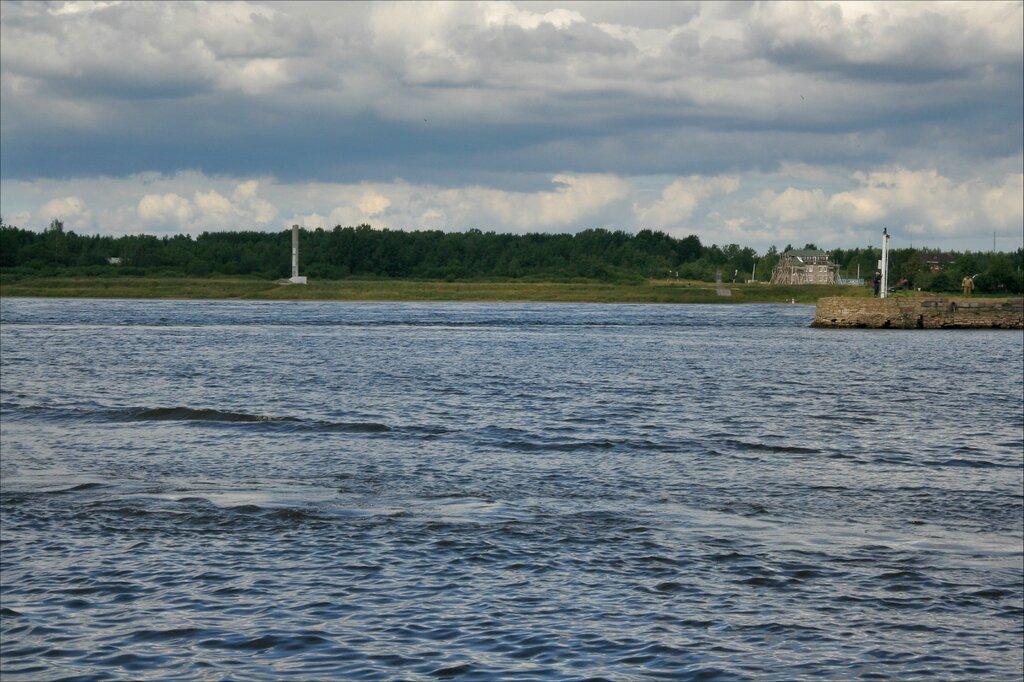 Шлиссельбург, Река Нева и вход в Новоладожский канал