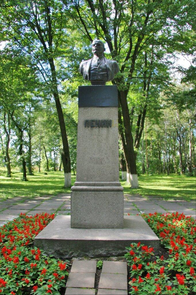 Шлиссельбург, Памятник Ленину