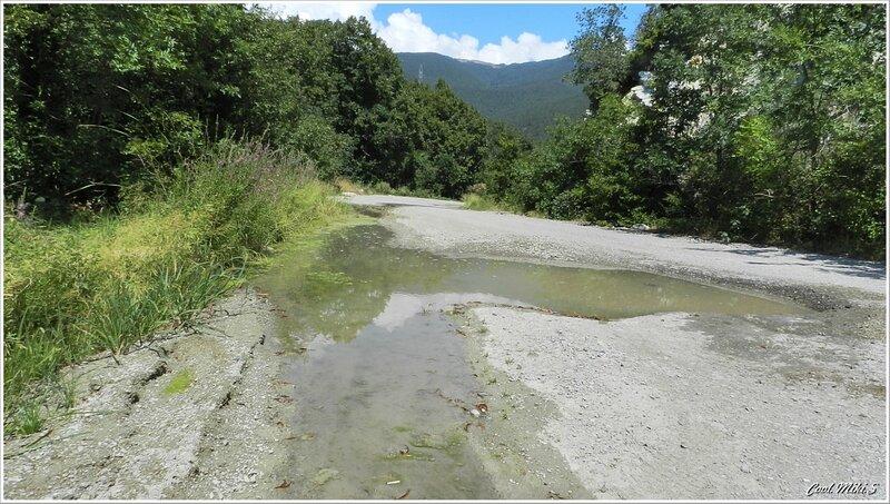 Дорога в горное селение.