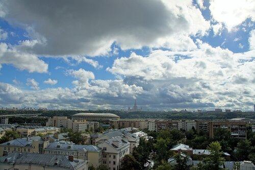 Москва перед дождём