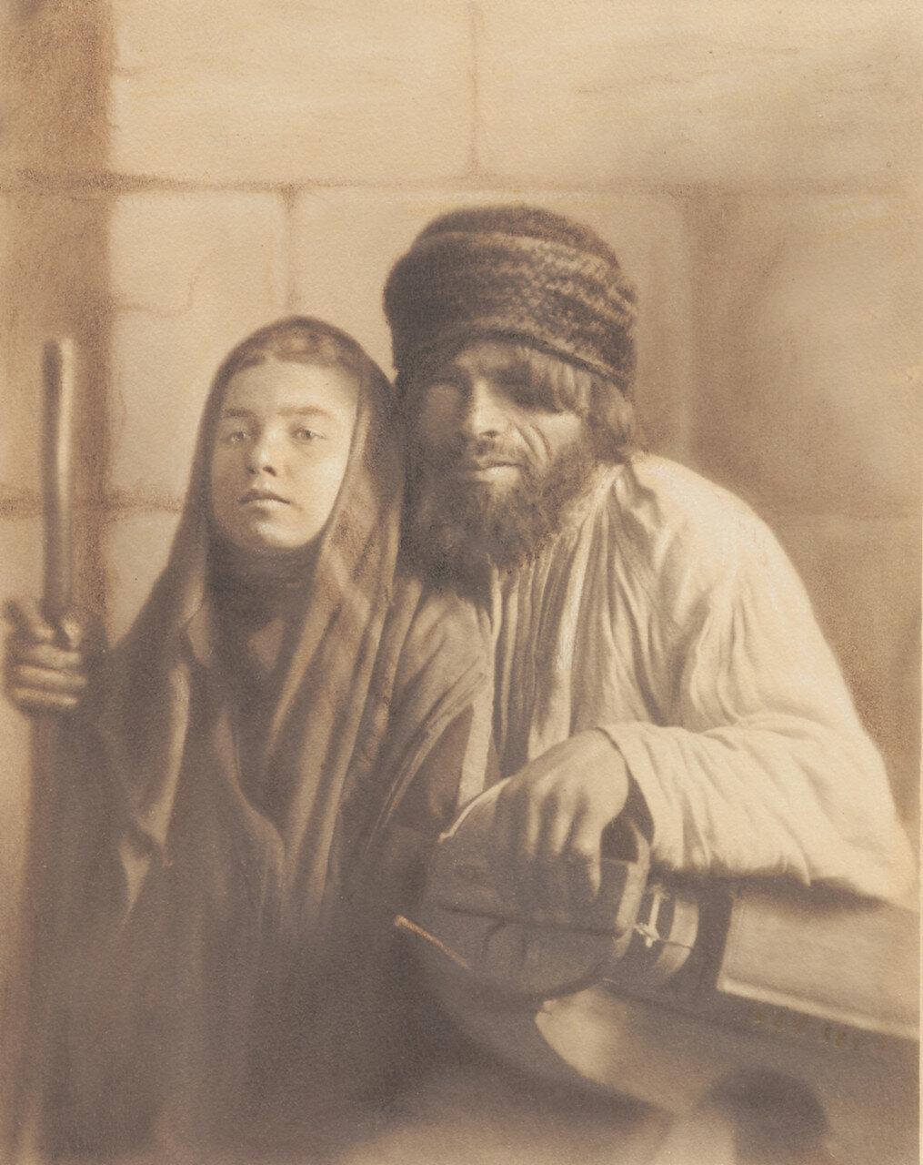 Слепой музыкант и девочка-поводырь
