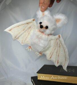 Летучая мышь своими руками фото