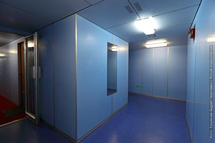 коридор кормовой части теплоход Буденный