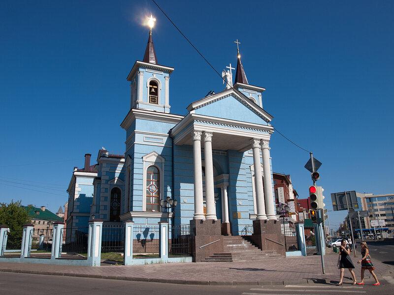 Католический храм Воздвижения Святого Креста - Казань Россия
