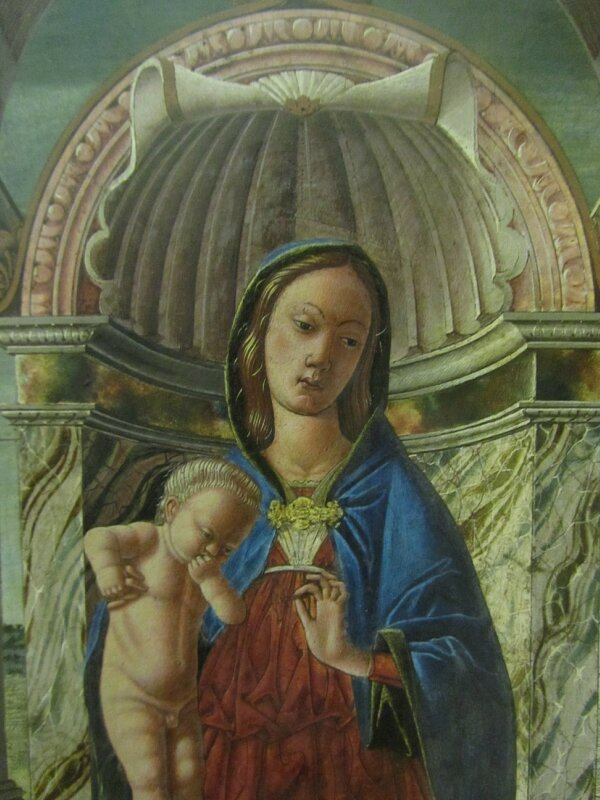 Мадонна с ангелами