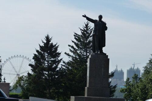 Памятник Ленину в Благовещенск Китай в качестве декораций.