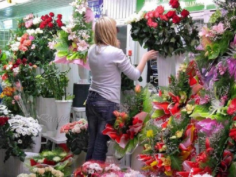 Сколько стоит доставка цветов на дом