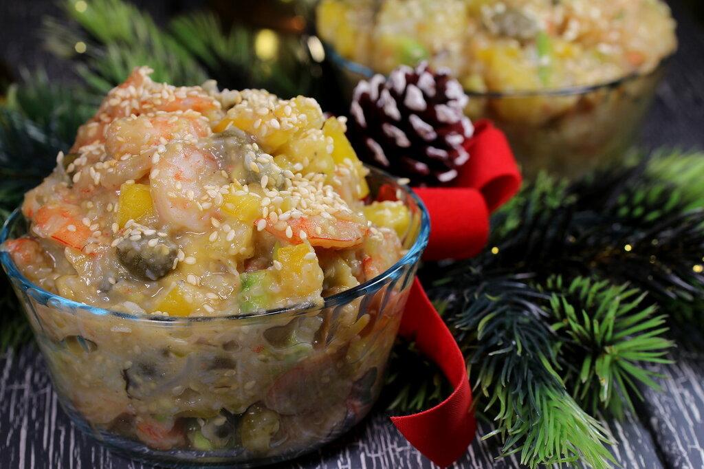 салат с креветками и лапшой.jpg