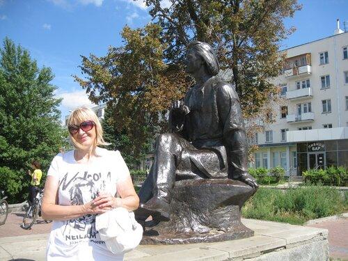 г. Нижний Новгород. Памятник Максиму Горькому. 29 июля 2012 г.