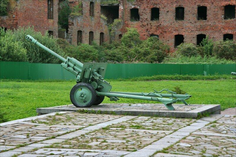 Крепость Орешек. Дивизионная пушка ЗИС-3, Шлиссельбург