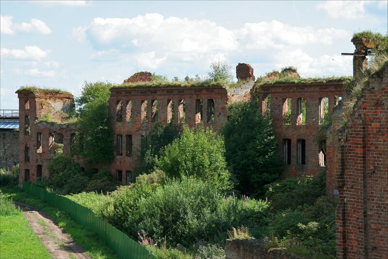 Крепость Орешек, Руины Надзирательского корпуса
