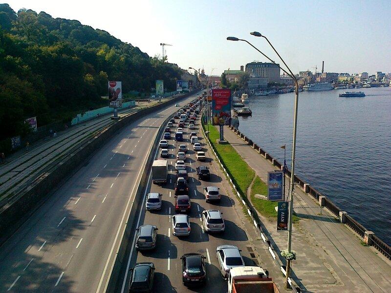 Дорожная пробка на Набережном шоссе