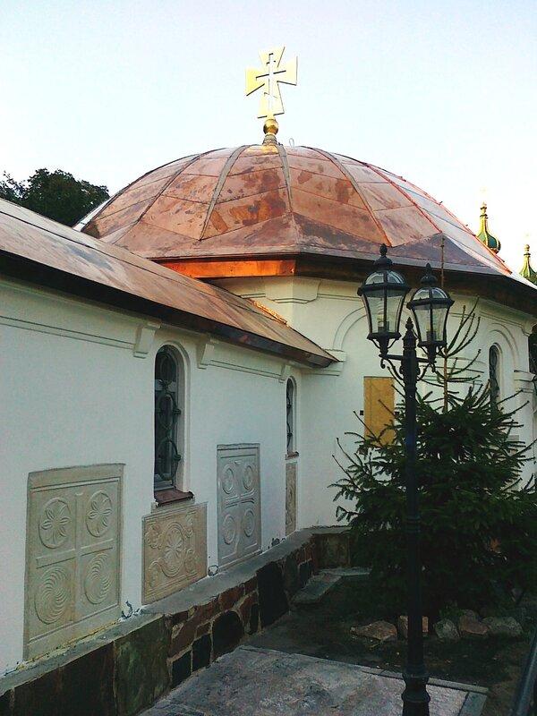 Новый купол Десятинного монастыря