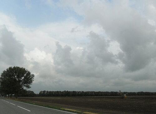 Облачность в дороге, август 2012